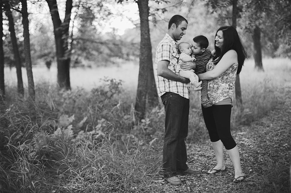 family shoot st-vital manitoba The Gibsons Photography-24.jpg