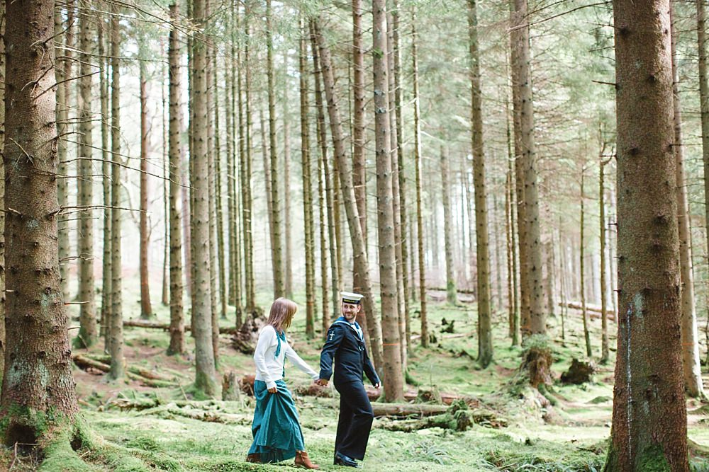 engagement-shoot-balmaha-loch-lomond-3-11