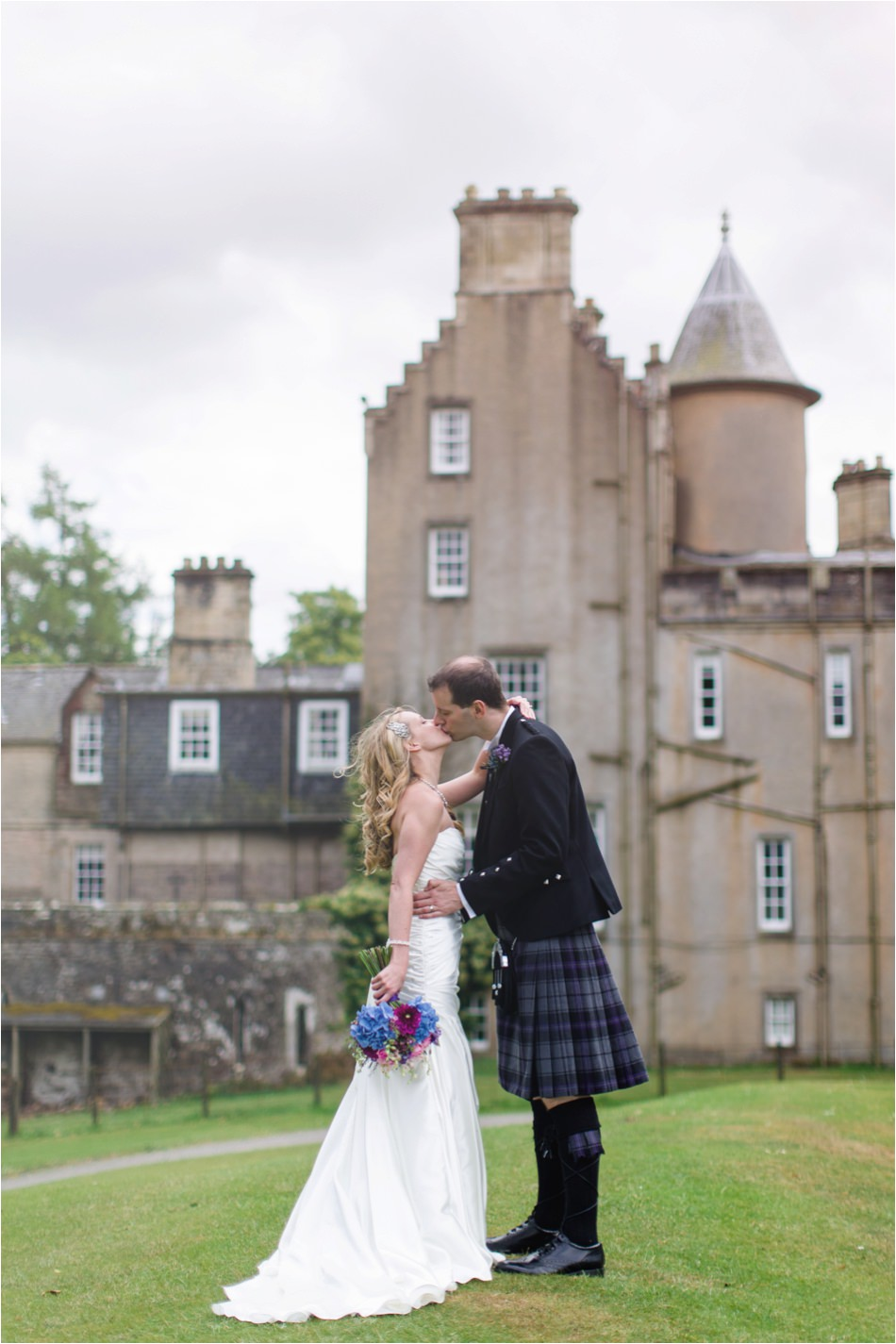 wedding boturich castle loch lomond wedding 7-12.jpg