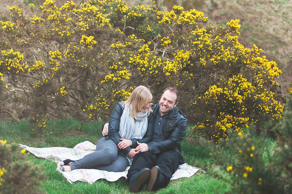 engagement shoot aberdeen-7.jpg