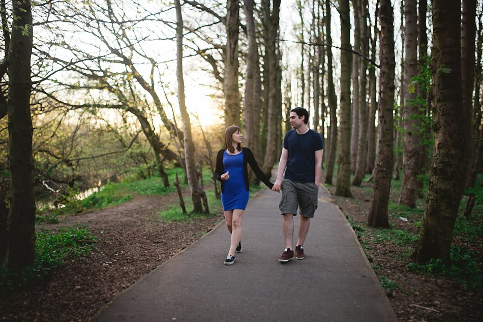 golden hour engagement shoot pollok park -10.jpg