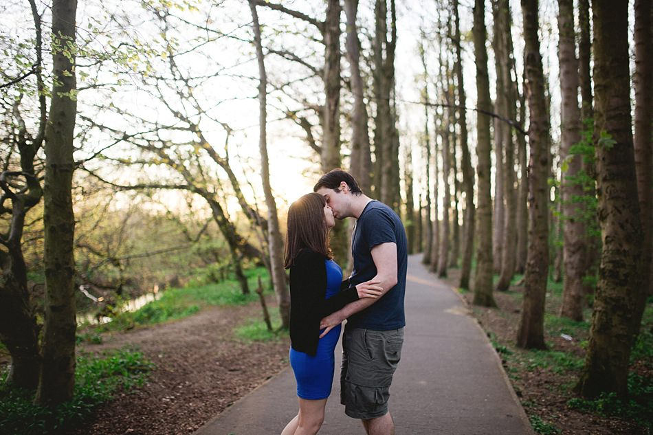 golden hour engagement shoot pollok park -11.jpg