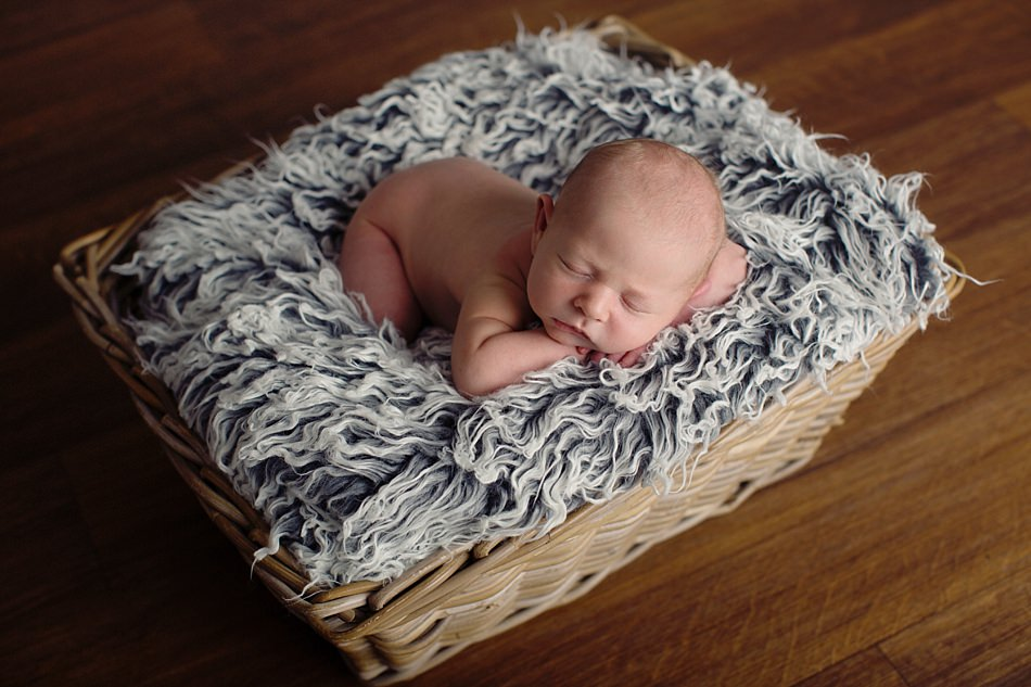 styled newborn photographers glasgow-15.jpg