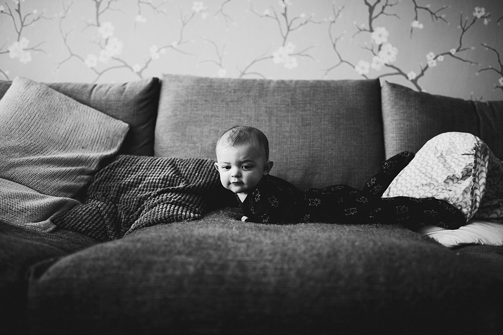 Baby Photographers Glasgow,The Gibsons,lifestyle family photography glasgow,lifestyle family shoot glasgow,newborn lifetsyle photographers,photographers Glasgow,