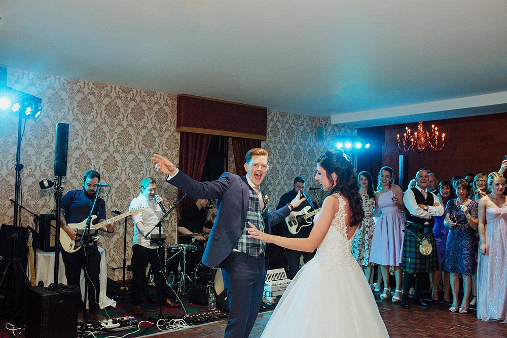 wedding-newton-mearns-glenbervie-65-5