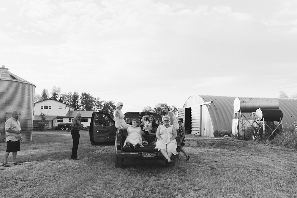 winnipeg-prairie-farm-wedding-37-36