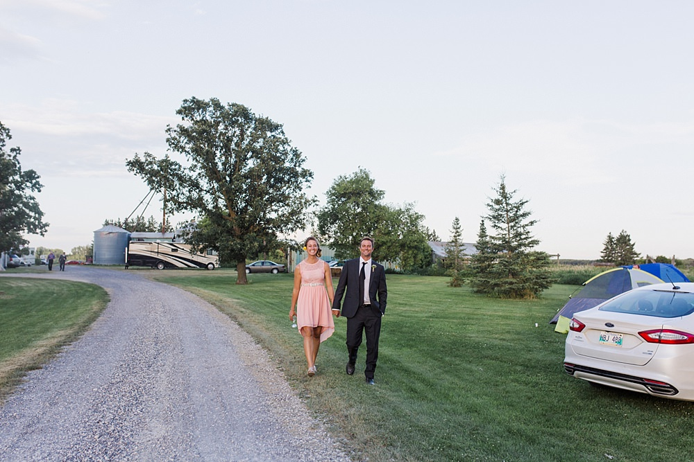winnipeg-prairie-farm-wedding-37-42