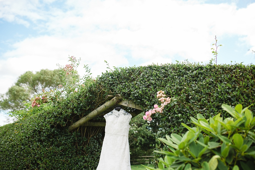 barn-at-dalduff-ayrshire-farm-wedding-1-15