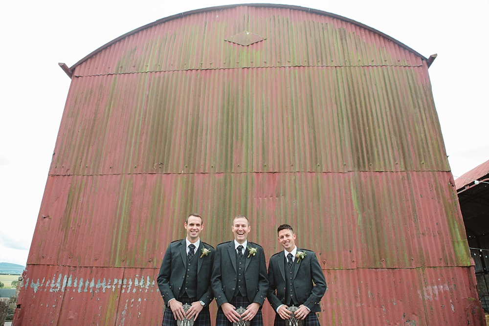 barn-at-dalduff-ayrshire-farm-wedding-11-5