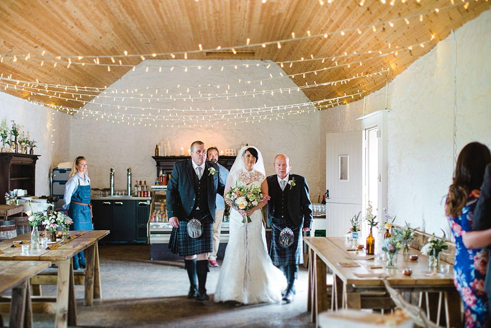barn-at-dalduff-ayrshire-farm-wedding-21-11