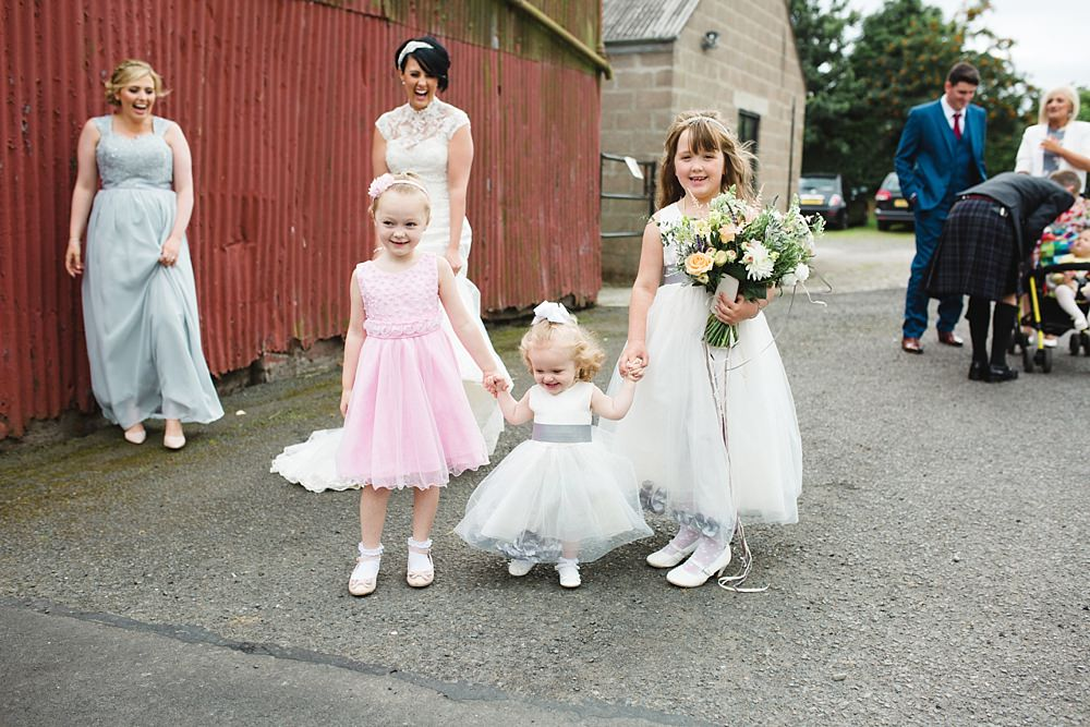 barn-at-dalduff-ayrshire-farm-wedding-37-5