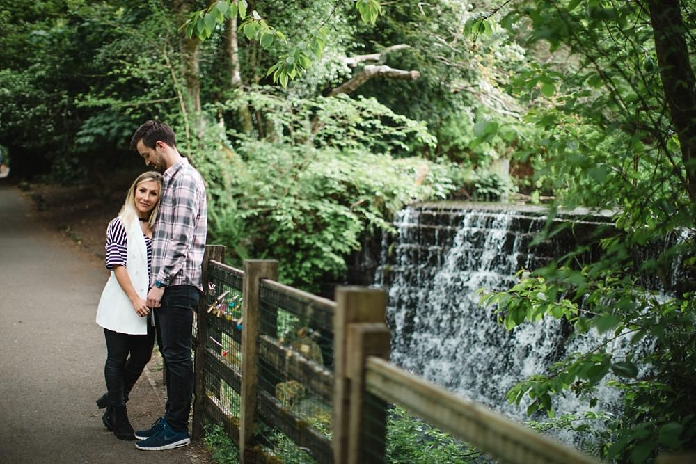 Glasgow Bride,The Gibsons,engagement shoot glasgow,glasgow engagement,roukenglen park,