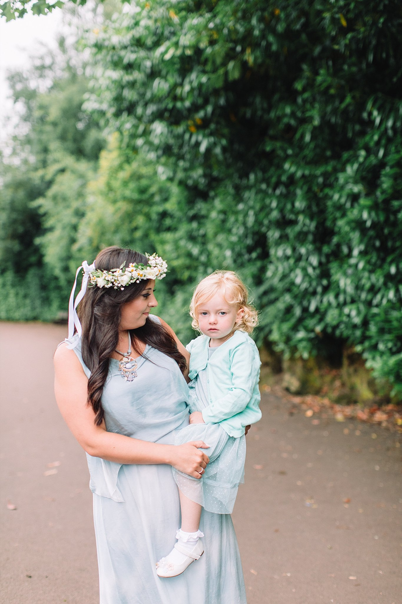 Family photographers Glasgow,Rouken Glen Park,The Gibsons,lifestyle childrens photographers glasgow,lifestyle family photography glasgow,lifestyle family photography: capture those moments,lifestyle family shoot glasgow,roukenglen park,