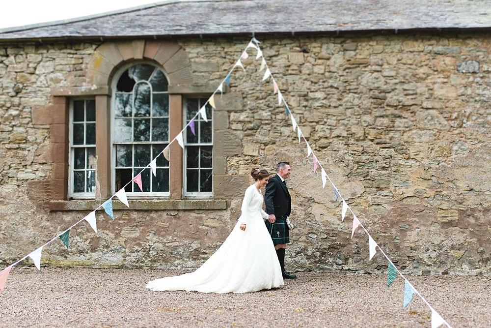 wedding wedderburn barns highlights 14-9.jpg