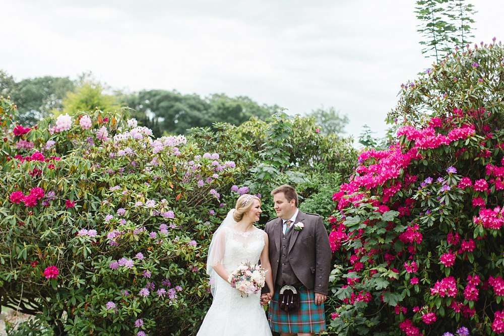 creative romantic relaxed light airy wedding photographers Scotland 5-7.jpg