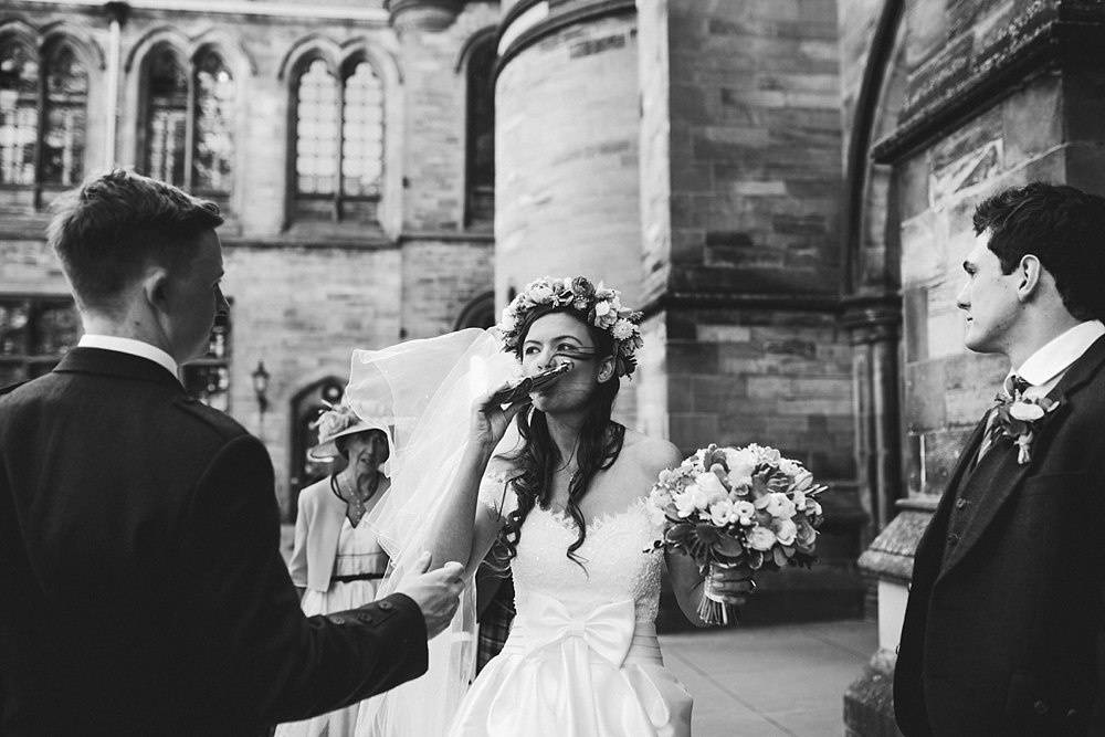 relaxed documentary wedding photography scotland 12-3.jpg
