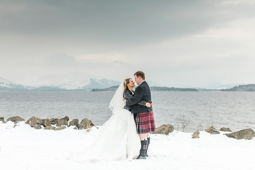Beast from the east,Ross Priory,The Gibsons Photography,elegant wedding photographers glasgow,light and bright,romantic photographers Scotland,winter weddings,