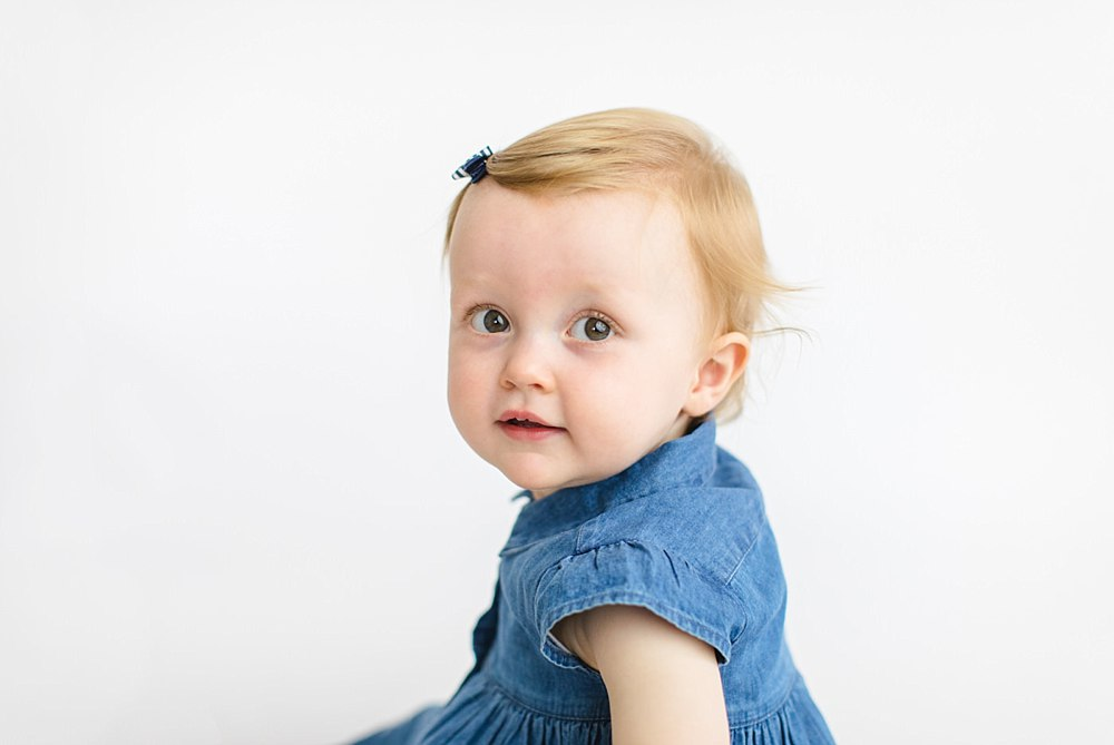Babies,Family photographers Glasgow,The Gibsons,baby photos glasgow,family photos,glasgow baby and family photographers,sitter sessions glasgow,