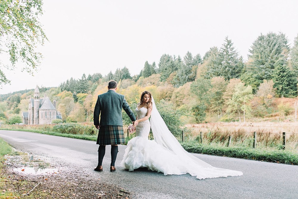 autumn wedding drumtochty castle scotland 11-23.jpg