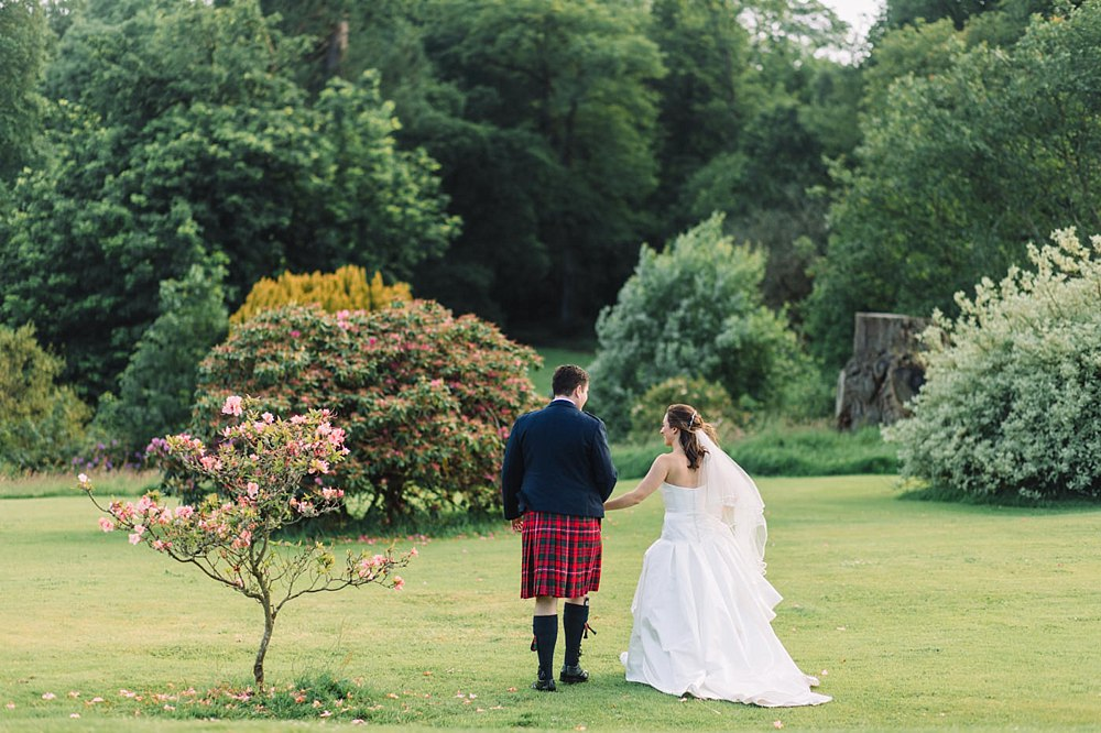 sorn castle wedding the gibsons highlights 23-5.jpg
