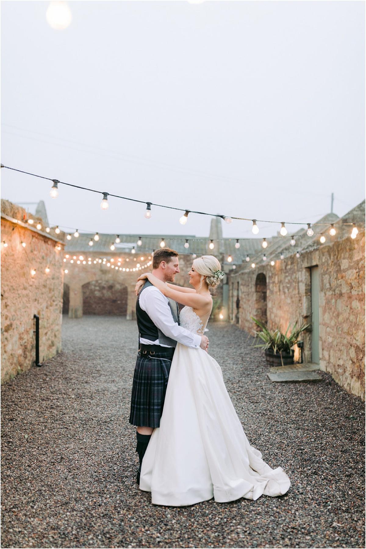 Cow Shed Crail wedding 0222.jpg