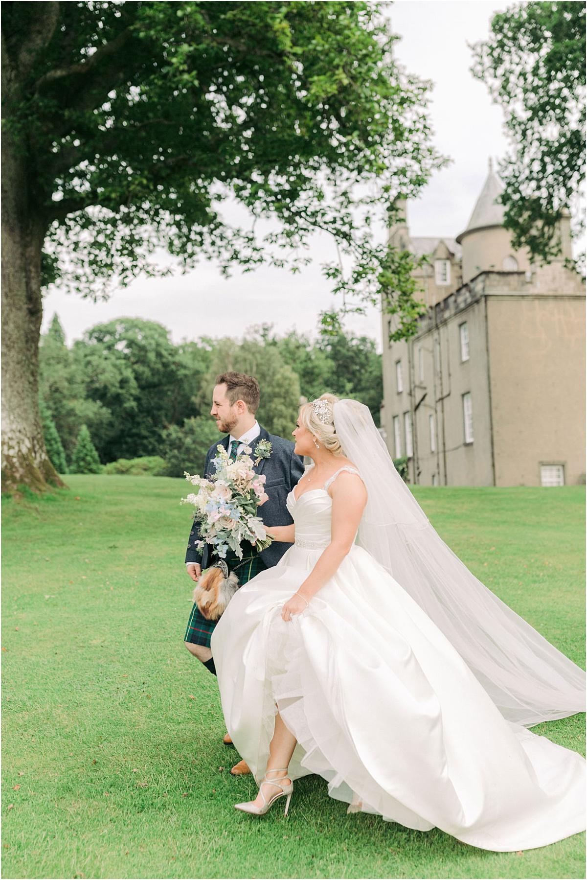 Boturich Castle Wedding 0137.jpg