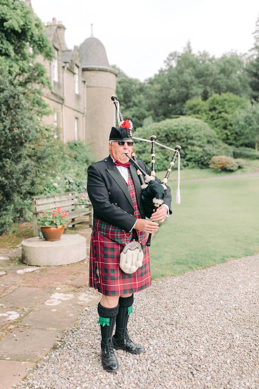 Scottish weddings dancing & fun 0004.jpg