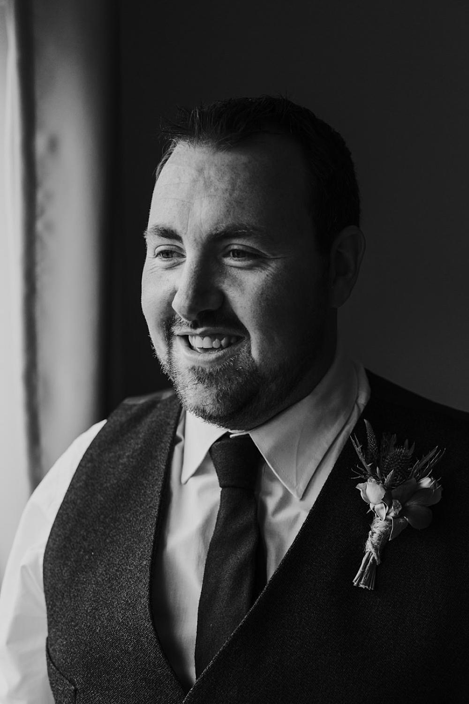 bride and groom wedding portraits 0022.jpg
